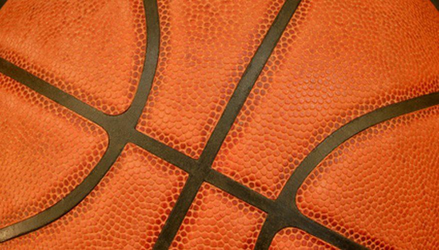 Cómo hacer una pelota de papel de baloncesto