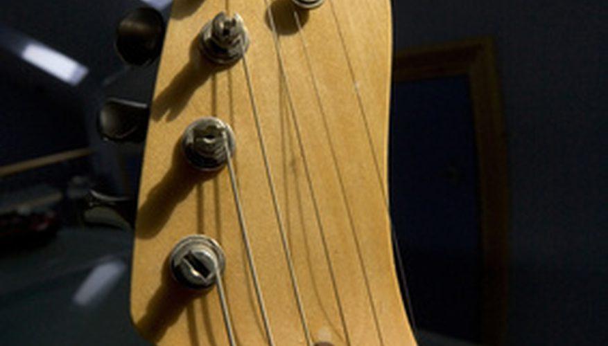 Cómo tocar la guitarra como Waylon Jennings
