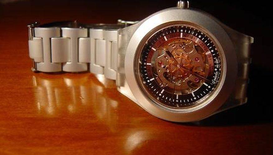Cómo funcionan los relojes Kinetic
