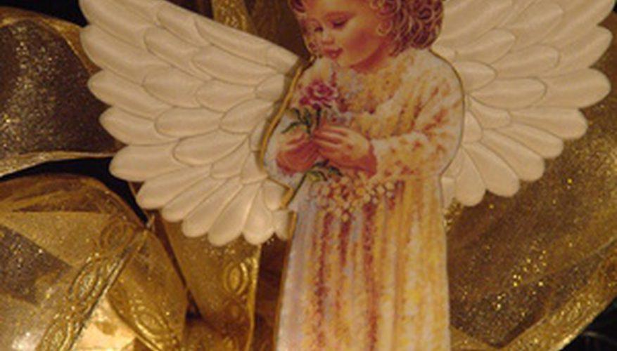 Cómo hacer adornos del ángel de la lata de refresco