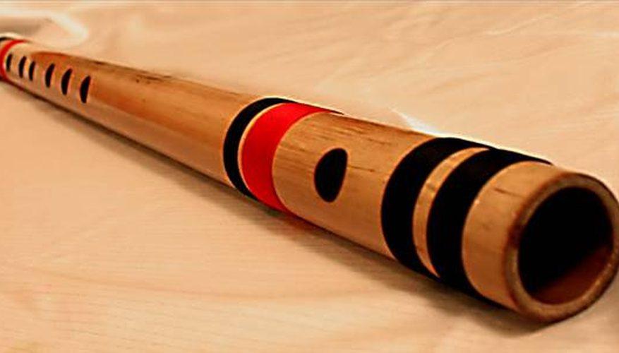 Cómo tocar la flauta de bambú