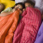 Juegos para hacer en una fiesta de cumpleaños, fiesta de pijamas para adolescentes
