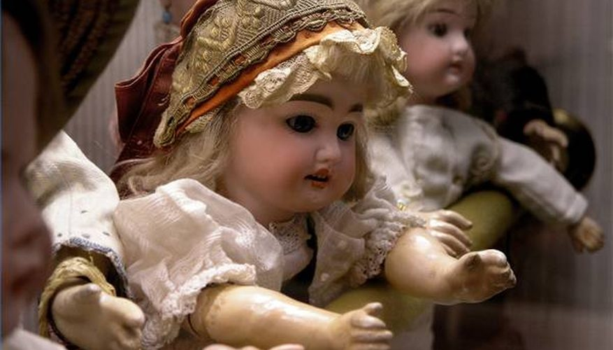Cómo limpiar muñecas de porcelana