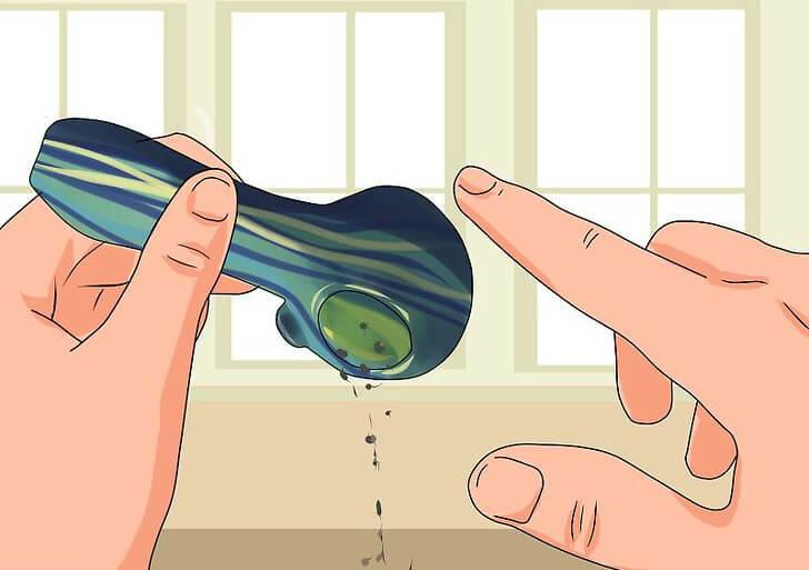 Cómo limpiar una pipa de vidrio para fumar