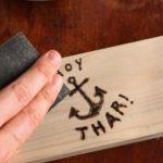 Cómo quemar madera con una soldadora