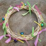 ¿Cómo hacer palos y anillos de cascabel para niños?