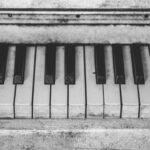 Cómo limpiar las teclas de tu piano sin dañarlas