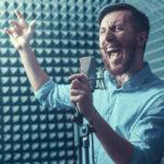 Cómo fortalecer tu voz al cantar