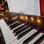 Las 15 mejores canciones navideñas que puedes tocar en el piano
