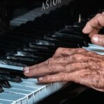 Los 6 mejores instrumentos para aprender a partir de los 50