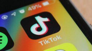 Estados Unidos 'examina' prohibición de TikTok y otras aplicaciones de redes sociales chinas