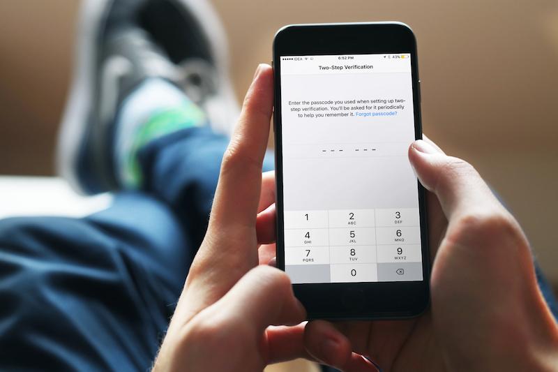 Verificación en 2 pasos de whatsapp iphone destacado