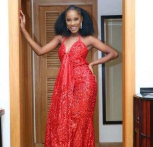 Jemima Osunde maldice a un seguidor que solicitó el reemplazo de Ebuka Obi Uchendu como anfitrión de Big Brother Naija